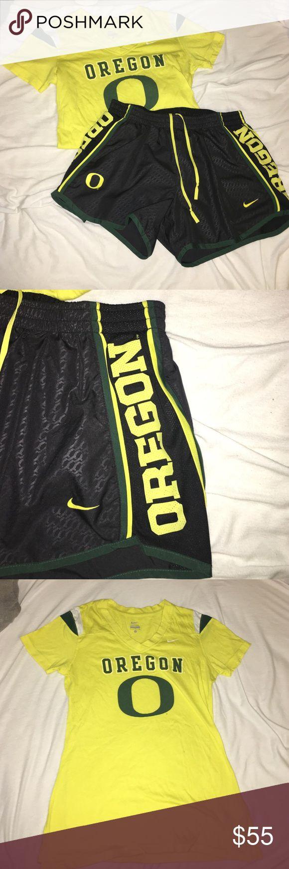 Woman's Nike University of Oregon spirit wear set University of Oregon Nike workout gear/spirit wear! Lightly worn excellent shape! Nike Other