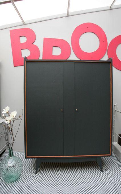 1000 ideas about grande armoire on pinterest armoire for Armoire de cuisine en anglais