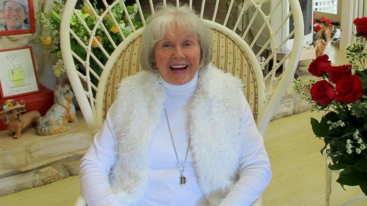 Doris Day Celebrates 92nd Birthday, Poses in Never-Before-Seen Photo