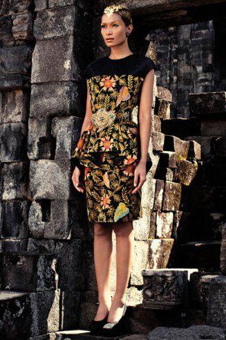 Iwan Tirta batik dress