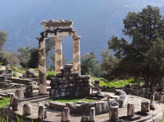 Ιερό Αθηνάς Προναίας