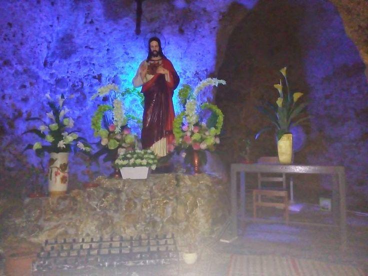 Wisata Religi Kristen Katholik Jogja: GUA MARIA SENDANG LAWANGSIH - YOGYAKARTA