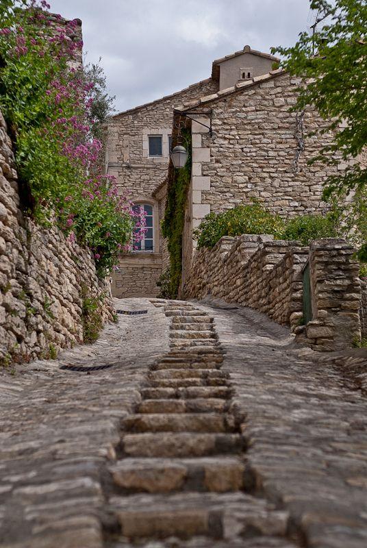 Gordes, Vaucluse, Provence-Alpes-Côte d'Azur, France, classé plus beau village…