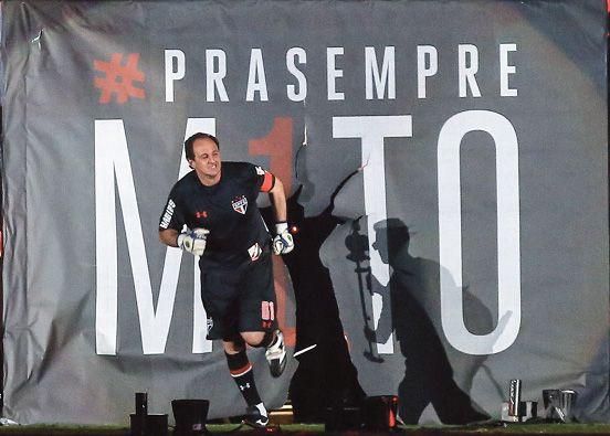 Fox Sports alcança liderança na TV paga com jogo de despedida de Rogério Ceni O evento festivo teve média de 1,32 e pico de 1,60 em todo o país; em São Paulo, o jogo rendeu média de 2,59 (Fonte: Portal Mídia Esporte via SPFC.NET)