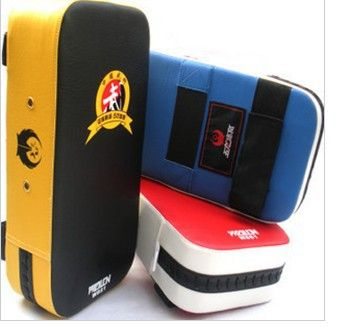 1PC New Muay Thai Boxing TKD Training Gear Punching Bag Kick Pad Foot Target MMA training punching  kicking free shipping-in Boxing Gloves f...