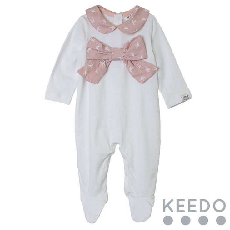 Jasmine grow - The contrasting Peter Pan style collar and bow detail are the main features of this cotton baby grow