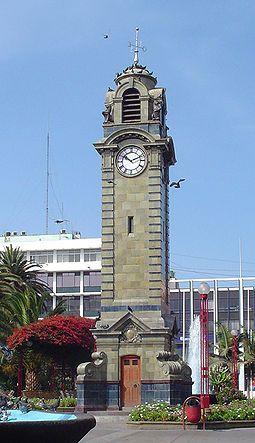 Antofagasta - Torre Reloj ubicada en la plaza Colón.