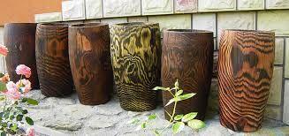 Znalezione obrazy dla zapytania duże donice drewniane do ogrodu