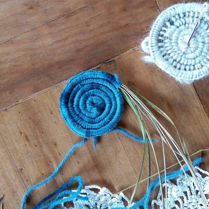 Weaving workshop weaving dreams at the Wild Within Retreat with @courtoutdoors…