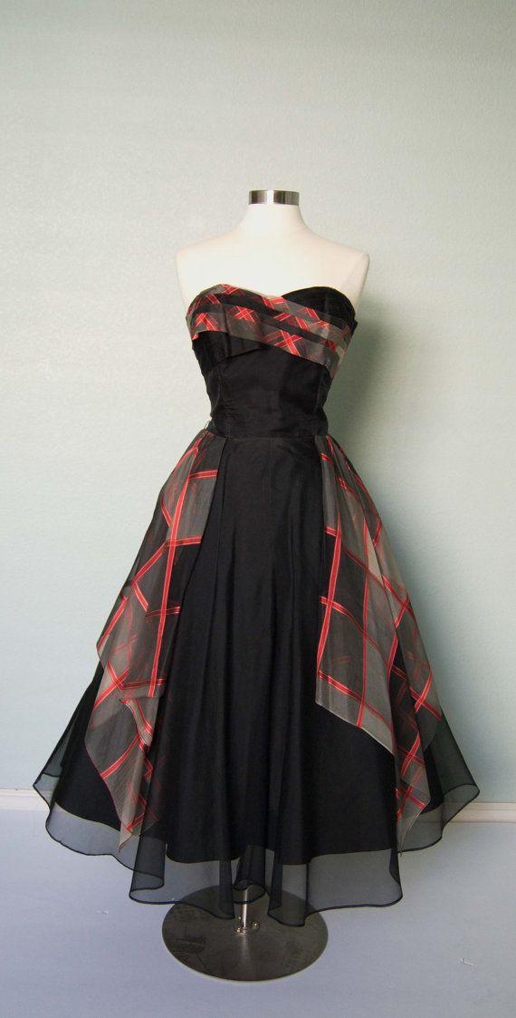1950s Elegant Strapless Silk Organza with by KittyGirlVintage