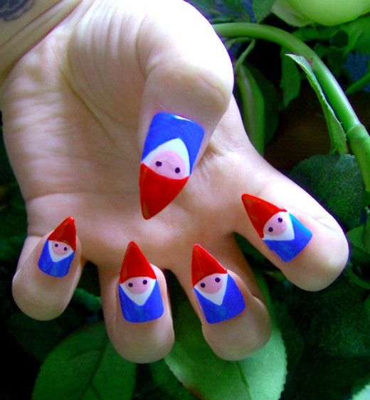 Cool design but UGLY nails in themselves!