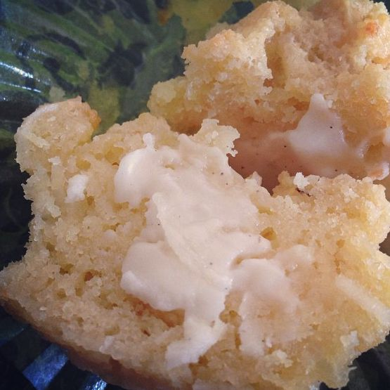 Deliciously light 'n' chewy macadamia and coconut muffins. Sugar-free, guilt-free and gluten-free!