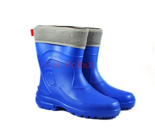 #Jessy 800 #azurro special and universal model, created with #EVA material, #wellington #boots are great for #rainy days. Additionally have a #reflector for night #walking !