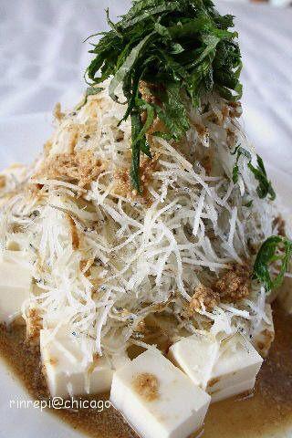 ほんのり甘めのドレッシングで 豆腐大根じゃこごまサラダ