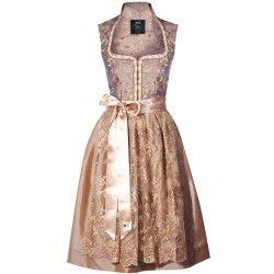 Goldenes Dirndl aus bestickter Seide von Alpenherz. Zu leihen bei dresscoded.com<3 #dresscoded