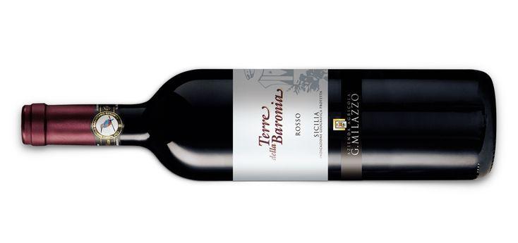 Il #vino #rosso Campione del Mondo del 2017 è il #TerreDellaBaronia 2014 dell'Azienda Agricola G. Milazzo di Campobello di Licata che grazie all'altissimo punteggio conseguito conquista la Gran #Medaglia d'oro e il titolo di Vino Rosso Rivelazione del Concours Mondial de Bruxelles