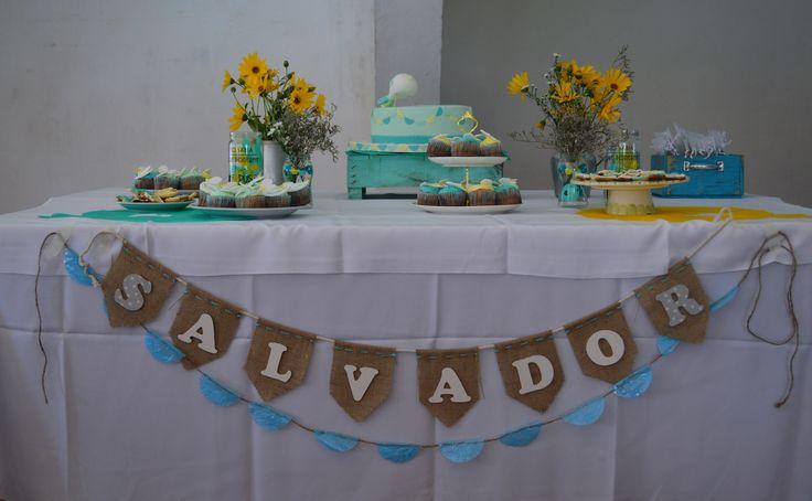 Deco mesa de dulces en aqua, amarillo y verde, a elección de la mamá.