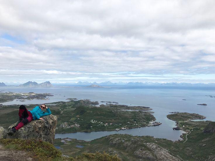 Glomtinden. Norway. Lofoten. Atlantic ocean. Hiking.