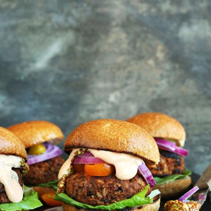 THE BEST GRILLABLE Veggie Burgers! Hearty, flavorful and hold up on the grill or…