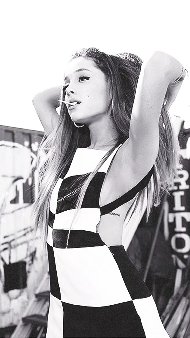 Ariana Grande ★ Find your favourite Stars iPhone +
