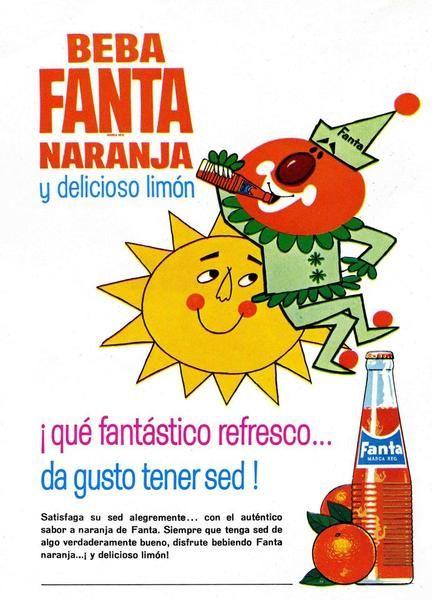 """Cómo llegó Fanta a ser un producto de Coca-Cola? Los alemanes, para introducir el muevo refresco durante los años 40, incluyeron el eslogan: """"Es un producto de Coca-Cola"""". Cuando acabó la guerra, siguió elaborándose en Alemania en la misma fábrica de Coca-Cola y en los años 60 comprado por la firma norteamericana y exportado a Estados Unidos y Europa.   Anuncio de revista aparecido en 1964."""