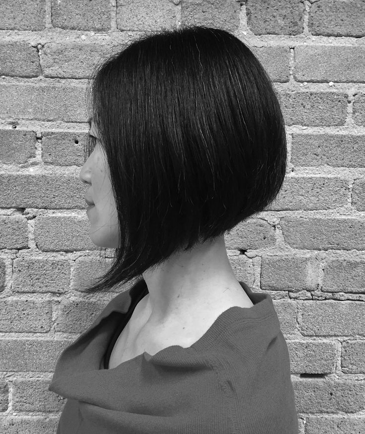Love the classics! Precisely cut angled bob by our talented junior stylist @emheartshair  #bobhaircut #citrushairsalon #bluntcut #sexyhair #sleekhair #yvr #604 #778 #precisioncut #behindthechair #hairgoals