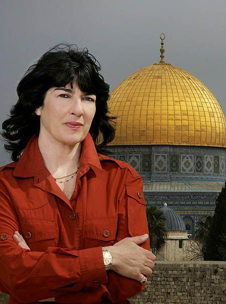 Christiane Amanpour - 10 Courageous Middle Eastern Female Journalists who Inspire us