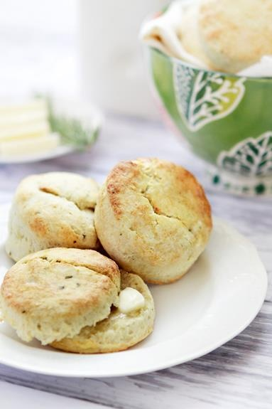 Rosemary Potato Buttermilk Biscuits | ღThe Majick Kitchenღ ...
