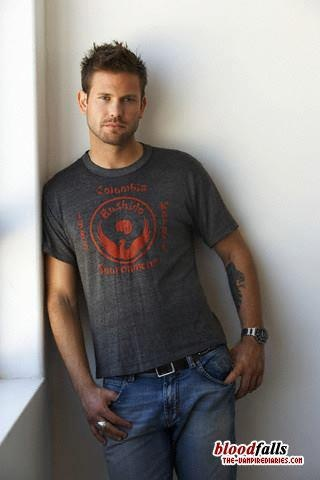 Matt Davis as Alaric Saltzman....H-O-T ;)