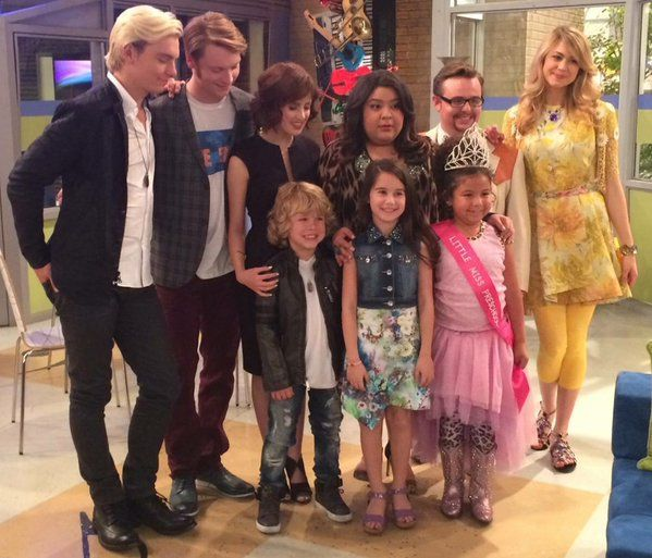 Last episode of Austin and Ally when they are with their kids. Makes me want to cry!