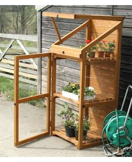 Mini Greenhouse. this would be great for my veggies!!