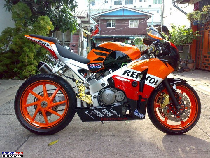 honda vfr 400. honda replaced this with the nc45. however this