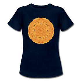 T-shirt donna maniche corte con #mandala: http://myo-mood.spreadshirt.it/cerimonia-sutra-del-loto-donna-corta-A100260993 #tshirt #mandala #buddhism