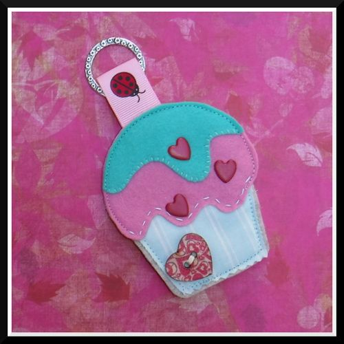 keyring keychain cupcake  ornament