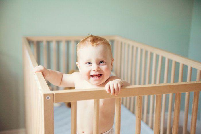 Einfacher Modell  Und Preisvergleich Von Kinderzimmereinrichtungen:  Babybetten, Babymatratzen Und Kinderschreibtische