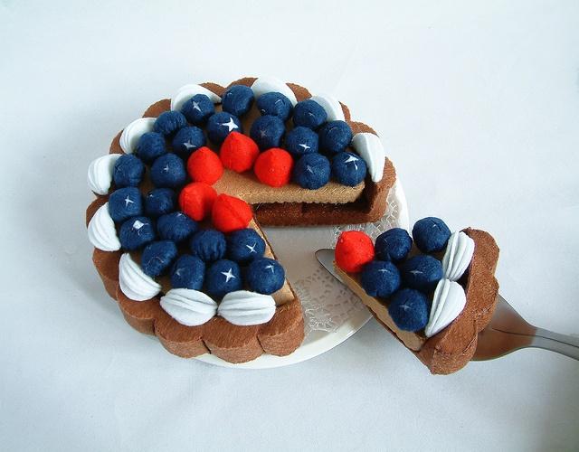 Blueberry tart.Blueberries Tartpdf, Blueberries Tarts Pdf, Tartpdf Pattern, Diy Felt, Felt Fun, Felt Blueberries, Plays Food, Felt Food, Felt Creations