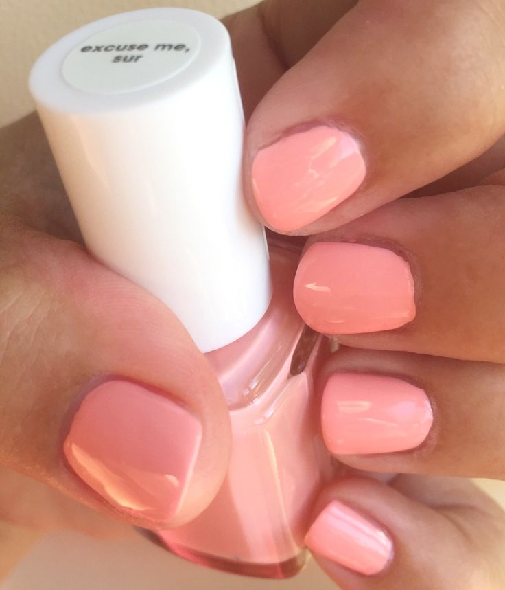 This creamy beauty is excuse me, sur from the spring 2017 collection, it's a light salmon-peachy-coral-pink, Essie calls it a sun-kissed coral mango, either way it's a really pretty spring/summer shade, love it #spring2017 #excusemesur #essie #essiepolish #essielove #essiecolor #essiefan #essieholic #obsessie #danishnailpolishblogger #loveessie #iampolishedup #polishedup  #iloveessie #iheartessie #nailpolish #nailart #notd #polishaholic #nailblog #nailblogger #nailpolishaddict