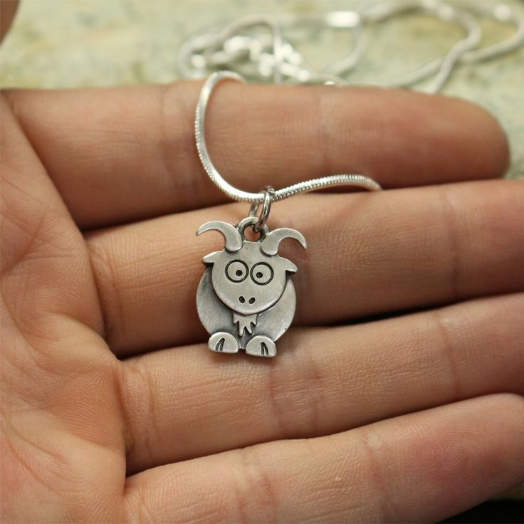1pcs wholesale Cute goat Necklace pendants for women necklace Animal jewelry Simple Summer  necklaces Female gift for friend