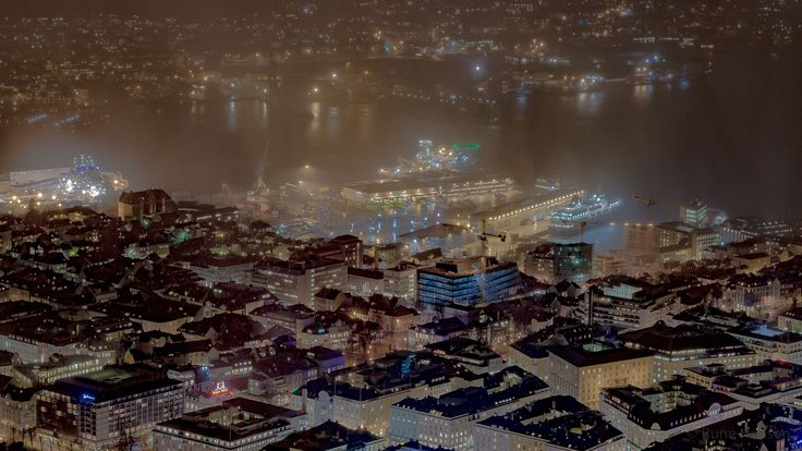 Incoming mist by Rune Hansen on 500px