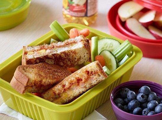 Gluten-free Hawaiian Pizza Fingers for back-to-school lunch boxes, oh yeah!