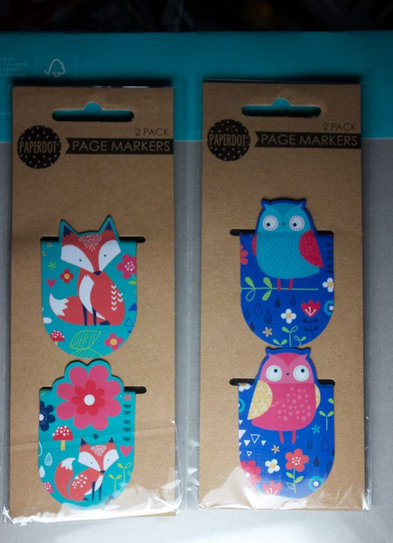 Cute little magnetic page markers in a fox or owl design, comes with 2 in a packet.