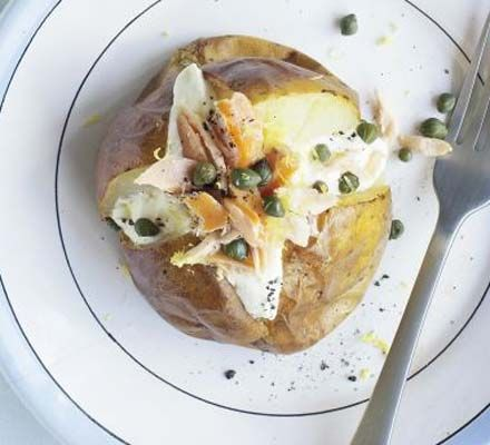 Follow our guide to getting crisp, fluffy baked potatoes, then try one of our new toppings for a filling supper