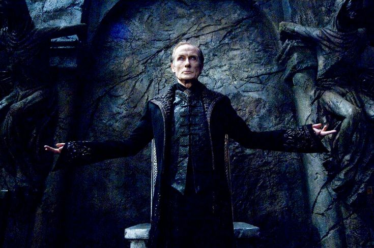 Viktor (Bill Nighy - Underworld: Rise of the Lycans - 2009)