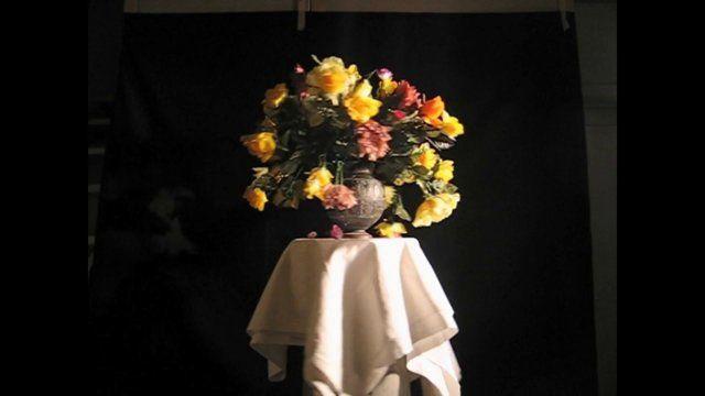 Galerie Ralph Schriever   UMBERTO CICERI  17 novembre / 31 dicembre  2010         Mutano i paradigmi dell'arte, mutano i paradigmi della critica d'arte, mutano i paradigmi dello stesso essere artista e delle storie d'artista. Umberto Ciceri è l'esempio di autore che conduce un percorso artistico pieno, ma trasversale e del tutto idiosincratico. Una sorta di fiume carsico che, dopo un lungo tragitto di studi e di sperimentazioni condotti sia nel filone della creatività professionale sia in…