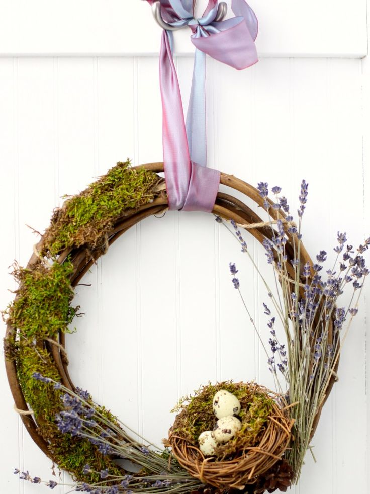 Spring Projects & Ideas - wreath by Love of Home