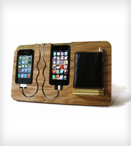 His & Hers Docking Valet | This valet station was designed to handle a bevy of devices. T... | Mobile Phone Stands