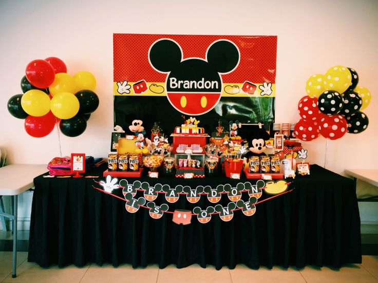 mickey mouse candy buffet table