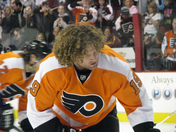 Scott Hartnell: Once, Twice, 1,000 Times a Hockey Player - http://thehockeywriters.com/scott-hartnell-once-twice-1000-times-a-hockey-player/