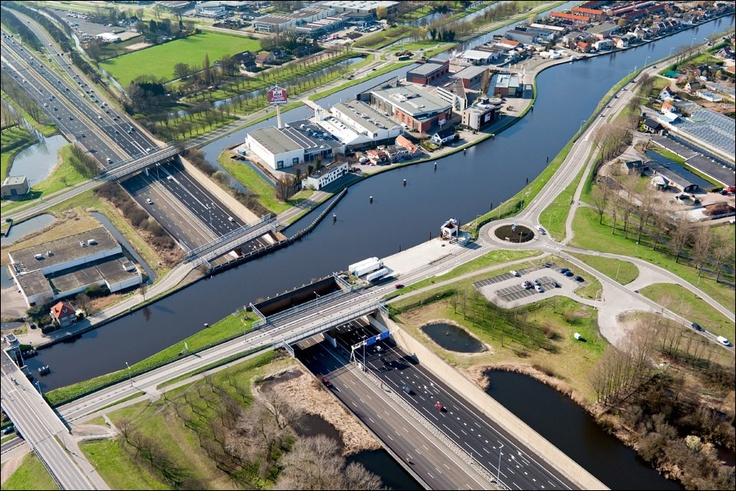 aquaduct in The Netherlands, Gouda