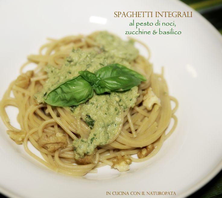 Spaghetti integrali al pesto di noci, zucchine e basilico